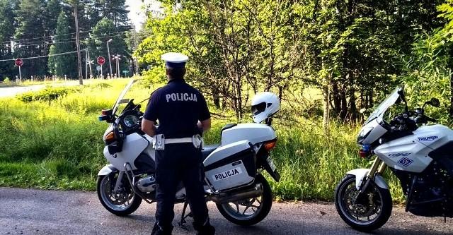 Białystok. Akcja Bezpieczny Przejazd zakończona sukcesem. 204 kierowców zatrzymanych i 60 ujawnionych wykroczeń