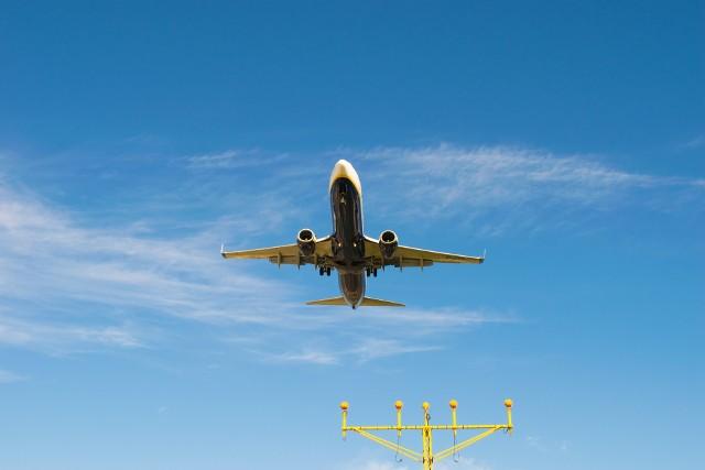 Od 11 listopada - zakaz lotów do 10 krajów! Sprawdź pełną listę na kolejnych slajdach >>>