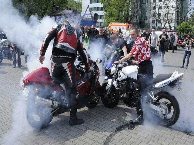Motocykliści rozpoczęli nowy sezon na dwóch kółkach [zdjęcia] Więcej tutaj