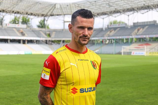 Adam Frączczak podpisał kontrakt z Koroną Kielce.