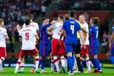 Na samym Kamilu Gliku się nie kończy, Anglicy oskarżyli polskich piłkarzy o rasizm. Wszystko wskazuje na to, że kłamali...