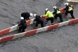Tragiczna powódź w Chinach: uwięzieni w metrze, 2 doby w pociągu, zabici i 200 tys. ewakuowanych