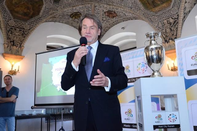 Jan Kulczyk w 2012 roku przyjął zaszczytny tytuł honorowego  ambasadora Euro w Poznaniu