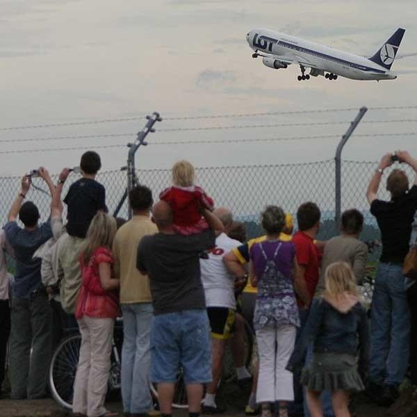 Start dziewiczego lotu do USA.
