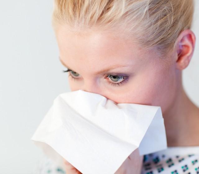 Inhalacje są jednym ze skutecznych sposobów walki z katarem. Ich główną funkcją jest udrożnienie górnych dróg oddechowych.