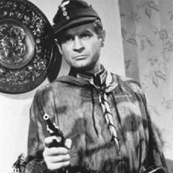 Jednym z większych zaskoczeń był fakt, że aż 17 procent osób stwierdziło, że autentyczną postacią był Hans Kloss, który rzeczywiście wodził wrogów za nos.