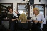 Prawie co druga Polka jest niezadowolona z wyglądu. Nastrój poprawia fryzjer lub kosmetyczka