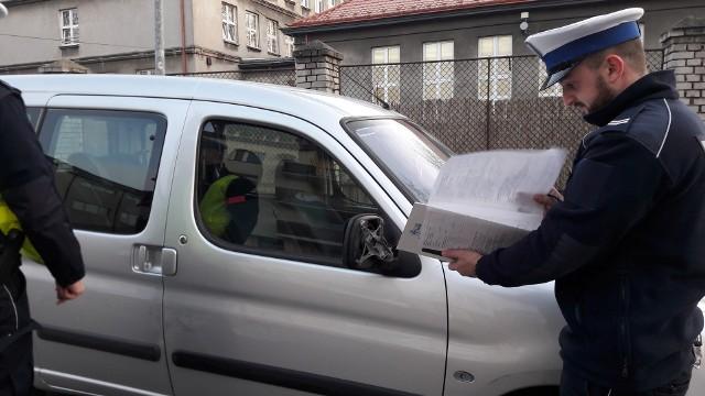 ijany kierowca spowodował kolizję w Piotrkowie Trybunalskim i uciekł