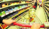 Koszyk Wielkanocny 2018. Ile zapłacisz za zakupy świąteczne? [CENY: AUCHAN, TESCO, LIDL, BIEDRONKA, KAUFLAND] Porównanie cen w marketach