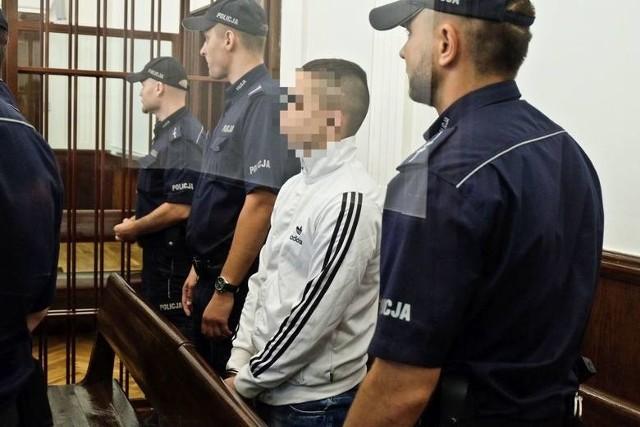 Do zbrodni doszło w Czeremsze. Sprawcy pobili Mikołaja S. i założyli mu reklamówkę na głowę. Mężczyzna się udusił.