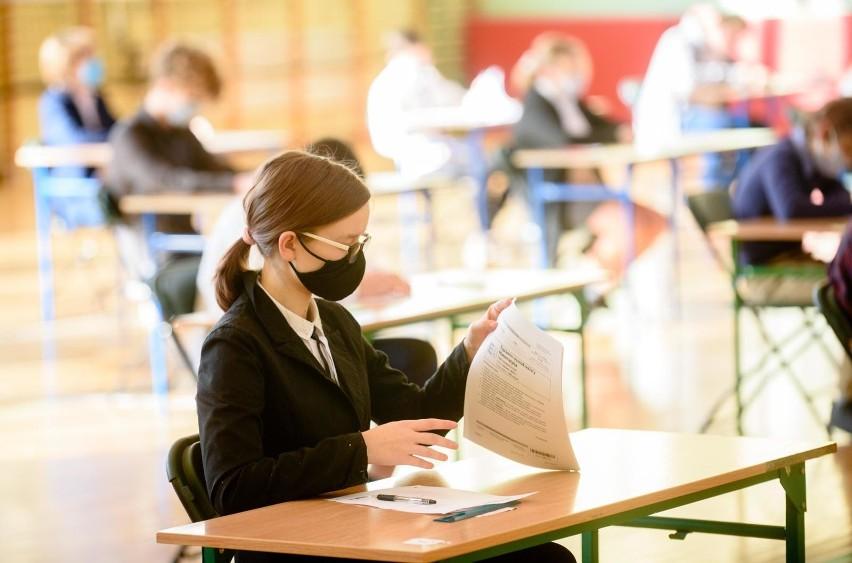 Egzamin ósmoklasisty z języka polskiego w 2021 roku ma być...