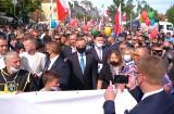 Marsz dla Życia i Rodziny na ulicach Warszawy. Wśród uczestników prezydent Andrzej Duda