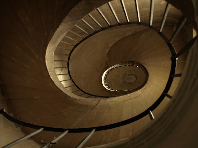 MieszkaniaObecnie rzadko który deweloper nie przewiduje kar umownych za odstąpienie kupującego od umowy i to bez znaczenia, czy do odstąpienia doszło krótko po podpisaniu umowy, czy na wczesnym etapie budowy, czy wtedy, gdy budowa była mocno zaawansowana.