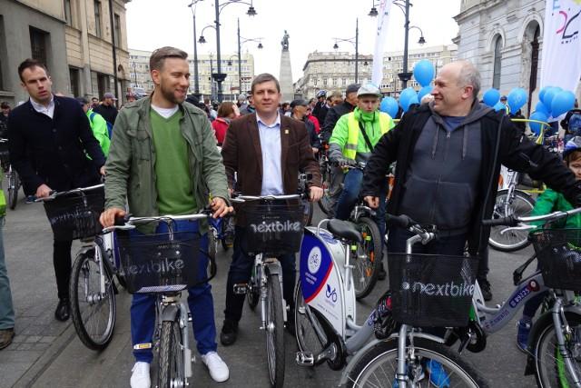 Rower miejski w Łodzi był niezwykle popularny i sprawiał wszystkim dużo radości.