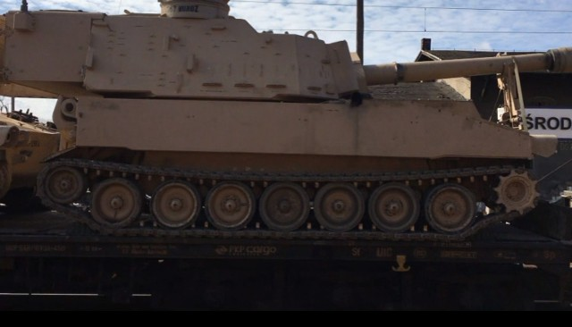 Amerykański transport wojskowy w Środzie Wielkopolskiej