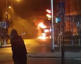 Pożar autobusu przy Powstańców Warszawskich w Bytomiu. Samochód spalił się doszczętnie ZDJĘCIA