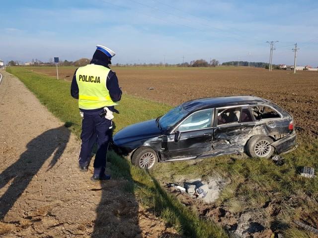 Dąbrowa Białostocka. Wypadek na obwodnicy. Volkswagen zderzył się z BMW