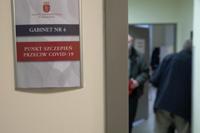 Do tej pory wykonano w sumie ponad 24 miliony szczepień.