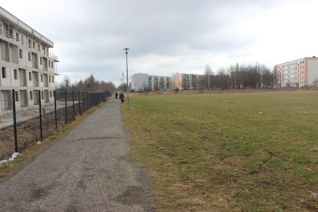 Nowe mieszkania w Tarnowskich Górach mają powstać w dzielnicy Lasowice, przy ul. Andersa. Zobacz kolejne zdjęcia. Przesuwaj zdjęcia w prawo - naciśnij strzałkę lub przycisk NASTĘPNE