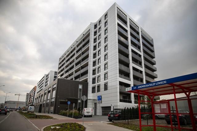Ulica Jurowiecka tętni życiem! Zobacz, gdzie możesz zrobić zakupy na nowym szlaku handlowym