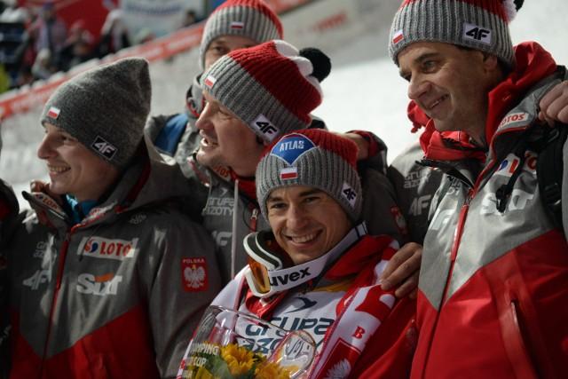 Kamil Stoch wygrał niedzielne zawody Pucharu Świata w Wiśle w skokach narciarskich