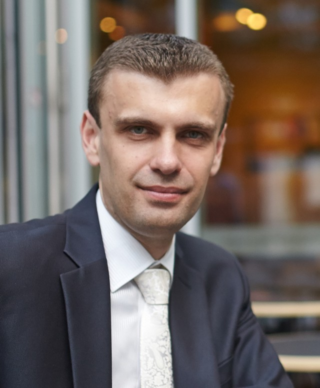 Konrad Grzelec, ekonomista