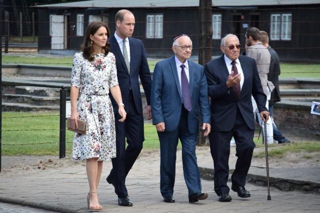 Muzeum Stutthof, lipiec 2017. Od lewej: księżna Kate, książę William, Zigi Shipper i Manfred Goldberg