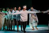 """Nowy spektakl Kieleckiego Teatru Tańca """"Peer Gynt"""" zachwyca i wzrusza [ZDJĘCIA]"""