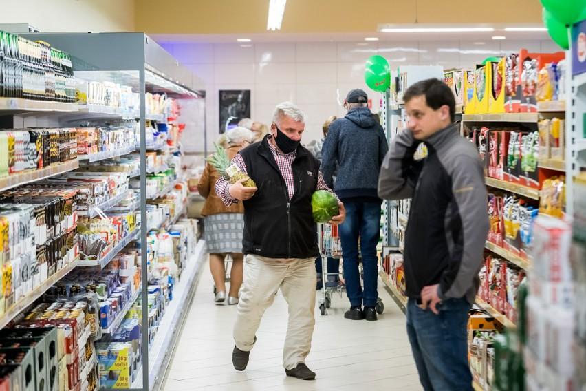 W 17 marketach Dino na terenie naszego województwa można...