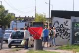 Śmiertelny wypadek na przystanku w Łodzi. Pasażerka zginęła pod kołami autobusu MPK Łódź przy skrzyżowaniu Dąbrowskiego z Gojawiczyńskiej