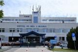 Inowrocław. Nie wszyscy pracownicy szpitala w Inowrocławiu otrzymali dodatki covidowe