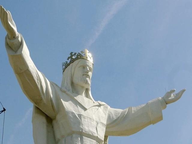 Największy na świecie pomnik Chrystusa Króla stoi w Świebodzinie od niemal dwóch lat.