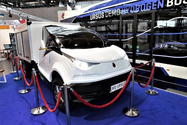 W trakcie targów Hannover Messe 2017 Ursus zaprezentował na swoje najnowsze produkty, w tym prototyp elektrycznego samochodu dostawczego i autobus elektryczno-wodorowy. Na stoisku Ursusa pojawiły się m.in. premier Beata Szydło i kanclerz Angela Merkel.