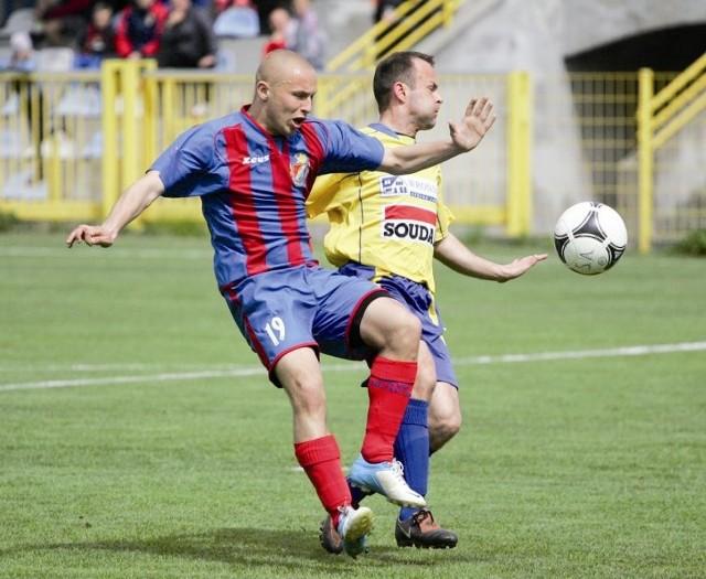 Mariusz Węgliński, najskuteczniejszy obecnie zawodnik Gryfa, wraca do gry.