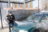 Mandat za brudny samochód wyniesie nawet 100 złotych. Policja wlepi go za brak czystości. Dotyczy przewoźników i taksówkarzy [1. 6. 2020 r.]