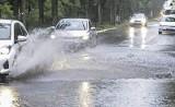 Intensywne opady deszczu na Pomorzu. IMGW wydało ostrzeżenie 3 stopnia! [mapa opadów online]