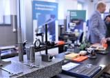 Laboratorium metrologiczne otwarto na Politechnice Gdańskiej. Studenci będą w nim nabywać umiejętności związane z wszelkimi pomiarami