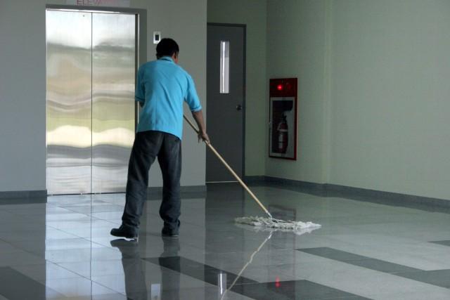 Mężczyźni nie lubią sprzątać (WIDEO)Mężczyźni nie lubią sprzątać (WIDEO)