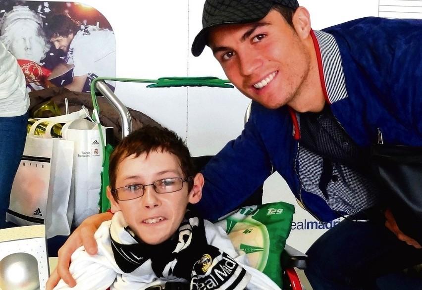 Podczas wizyty w Madrycie Dawid poznał m.in. Christiano...