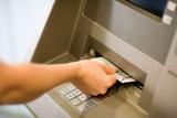 Wypłacając pieniądze z bankomatu możesz być nieźle zaskoczony. Takich banknotów w urządzeniach do tej pory nie było