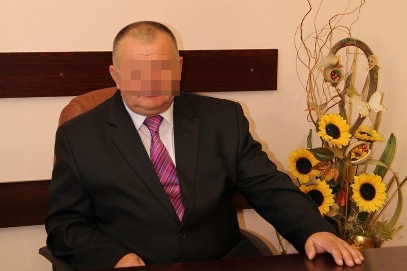 Podejrzany o korupcję wójt gminy Oława stara się o powtórny wybór na swoje stanowisko.