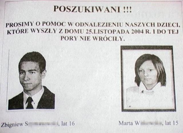 Takie plakaty w poniedziałek rano rozwieszali w Krotoszynie rodzice nastolatków.