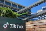 TikTok challenge omal nie zakończył się dla dziewczyny śmiercią. 13-latka walczy o życie w szpitalu. Co się stało?