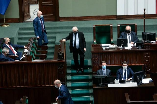 To zjawisko zresztą bardzo ładnie spuentował Stefan Chwin, który powiedział, że Jarosław Kaczyński tak bardzo go nie przeraża jak fakt, że kilka milionów obywateli to są jego sobowtóry – mówi psycholog prof. Bogdan Wojciszke, specjalista w dziedzinie miłości i władzy