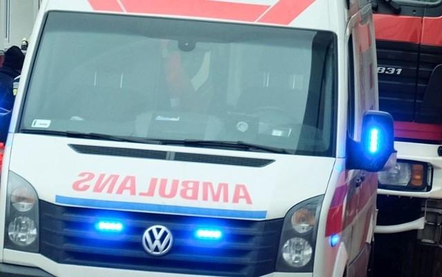 Ranny mężczyzna trafił do szpitala.