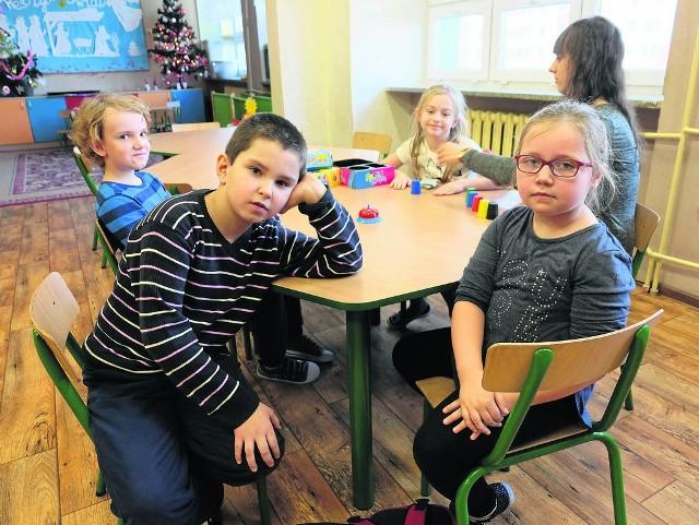 Dzieci z Zespołu Szkół Integracyjnych nr 1 przy ul. Łagodnej do gimnazjum już nie pójdą. Będą uczyć się w szkole podstawowej i średniej. Oczywiście z nową podstawą programową.