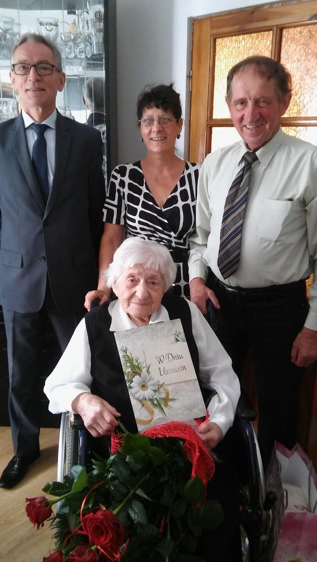 Pani Łucja Szyperska jest najstarszą mieszkanką gminy Kcynia. Pochodzi z Dobieszewa, od kilku lat mieszka w Miastowicach.