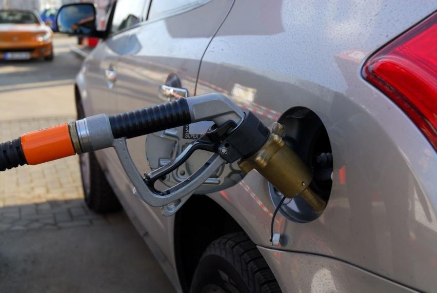 Czy montaż instalacji gazowej do samochodu się opłaca?