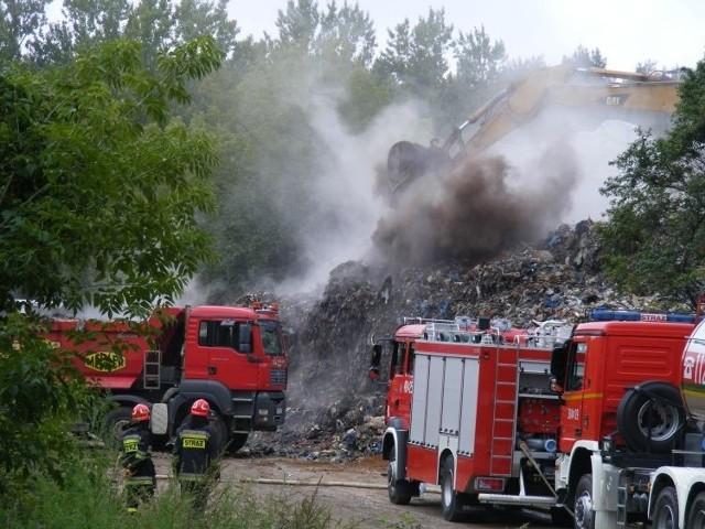 Pożar śmieci na wysypisku Karcze 16 sierpnia