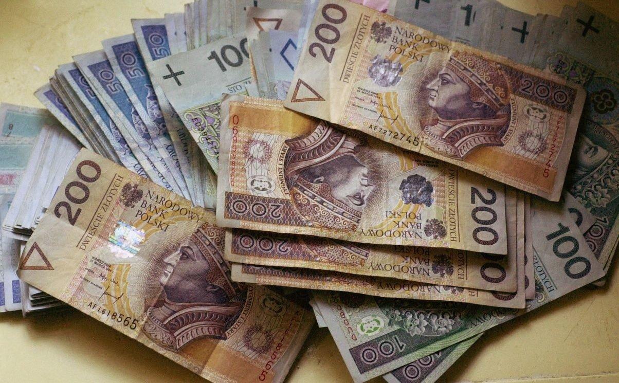 3f3086d58e5fb W jakiej branży zarabia się najwięcej, a gdzie najmniej?   Dziennik ...